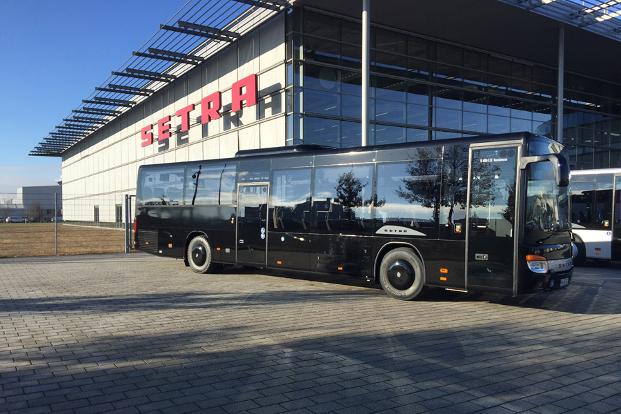 setra 415 le shuttlebus mieten frankfurt mainz wiesbaden. Black Bedroom Furniture Sets. Home Design Ideas
