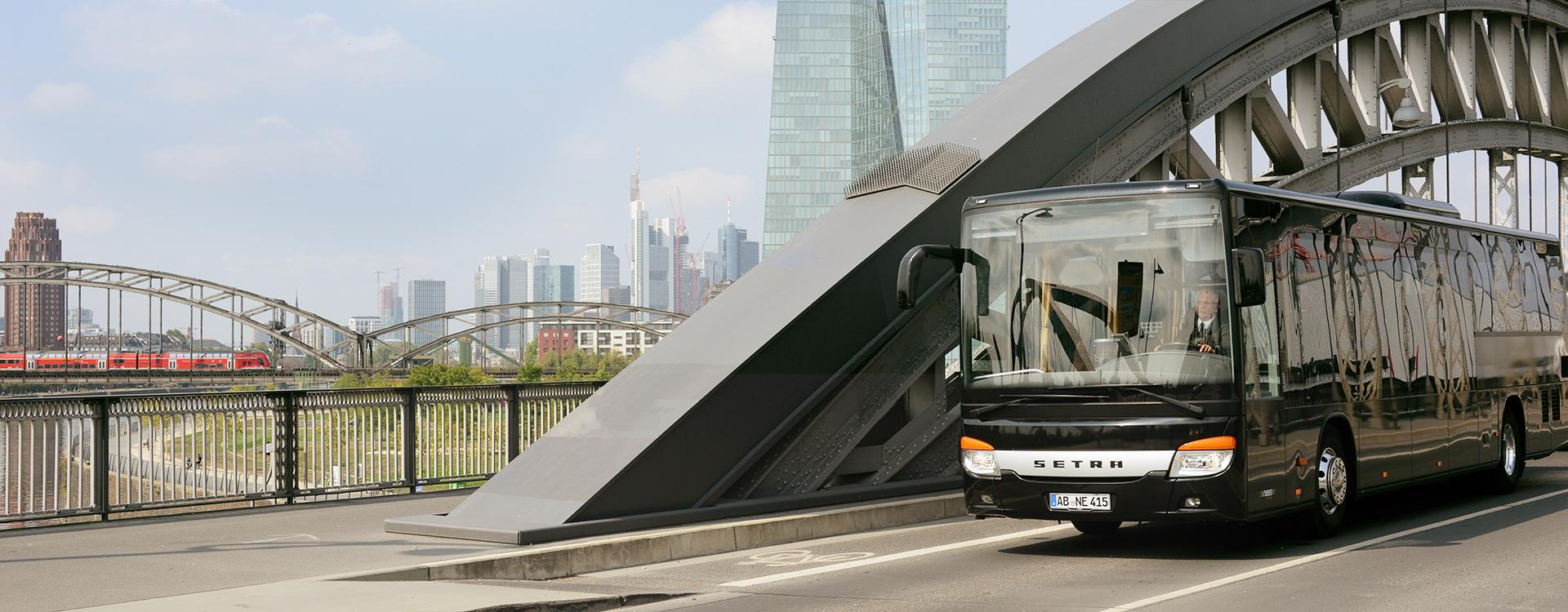 setra 415 le shuttlebus mieten frankfurt mainz wiesbaden. Black Bedroom Furniture Sets. Home Design Ideas